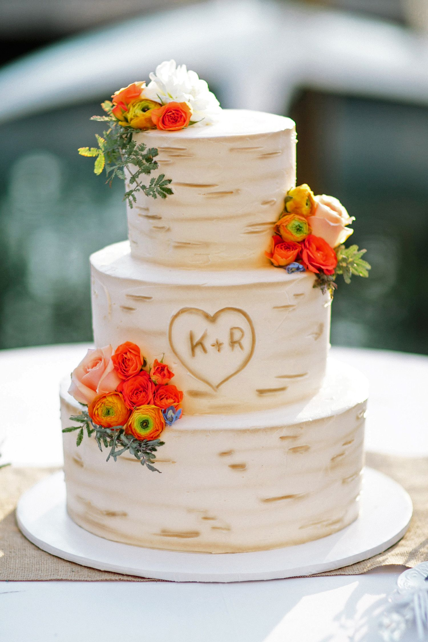 Our Favorite Monogrammed Wedding Cakes Country wedding