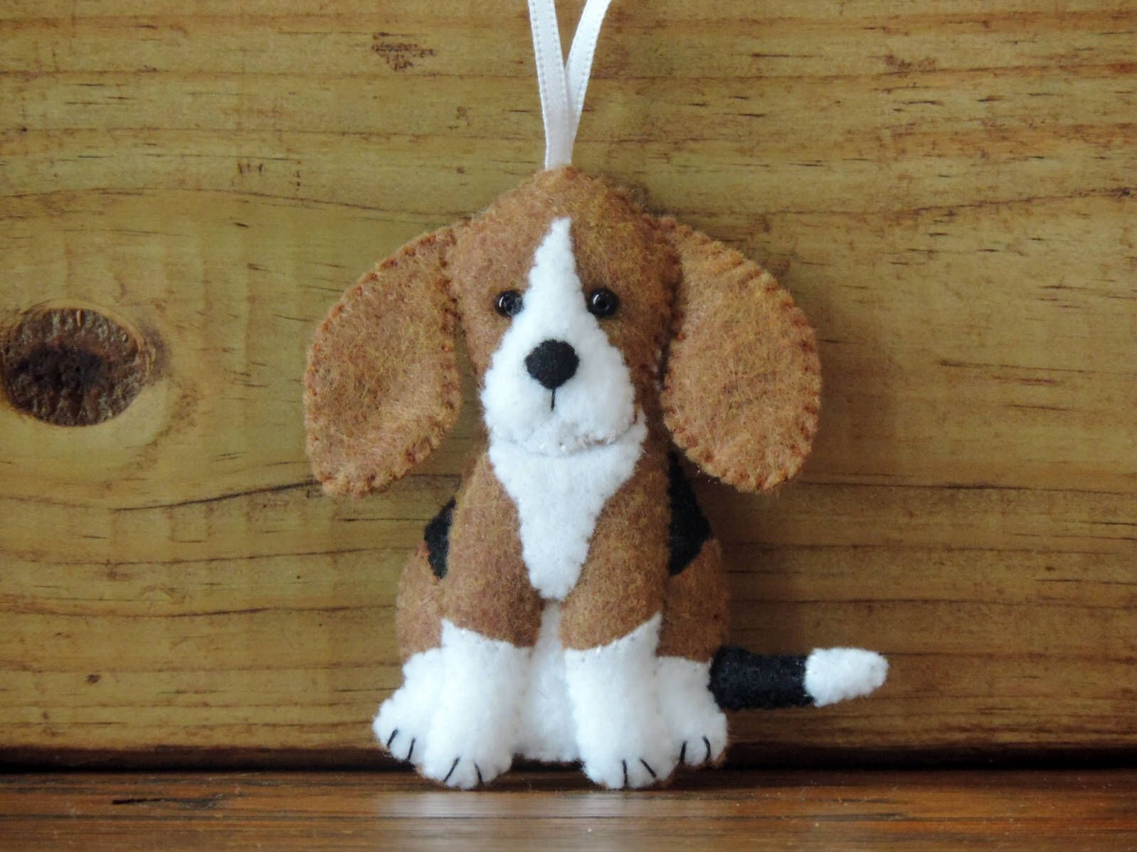 Beagle Dog Felt Ornament Beagle Puppy English Beagle Scent Hound Copper Brown White Black Pup Ornament Little Foxhound Baby Dog Lover Gift