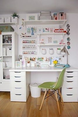 Craft Room + Creative Office Ideas #stainedwood