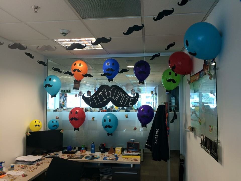 Birthday decoration at the office office decorating for Adornos oficina