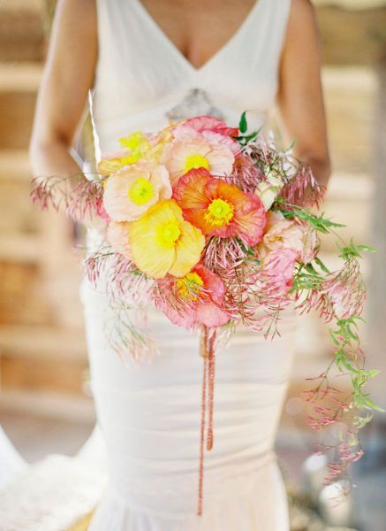 loving the bright colors on this bouquet
