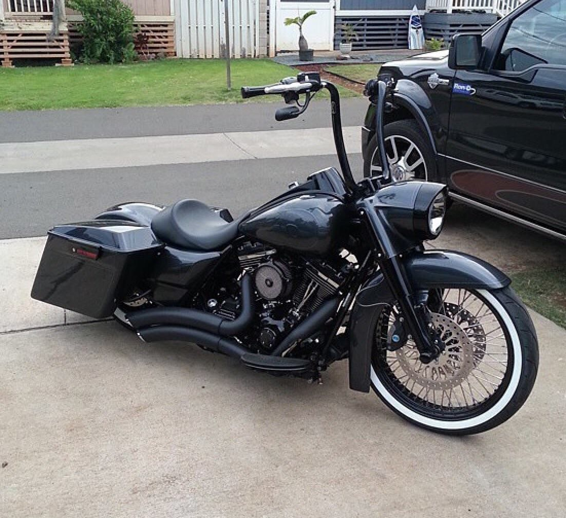 Blacked Out King Lowrider Harleys Cholo Style Pinterest