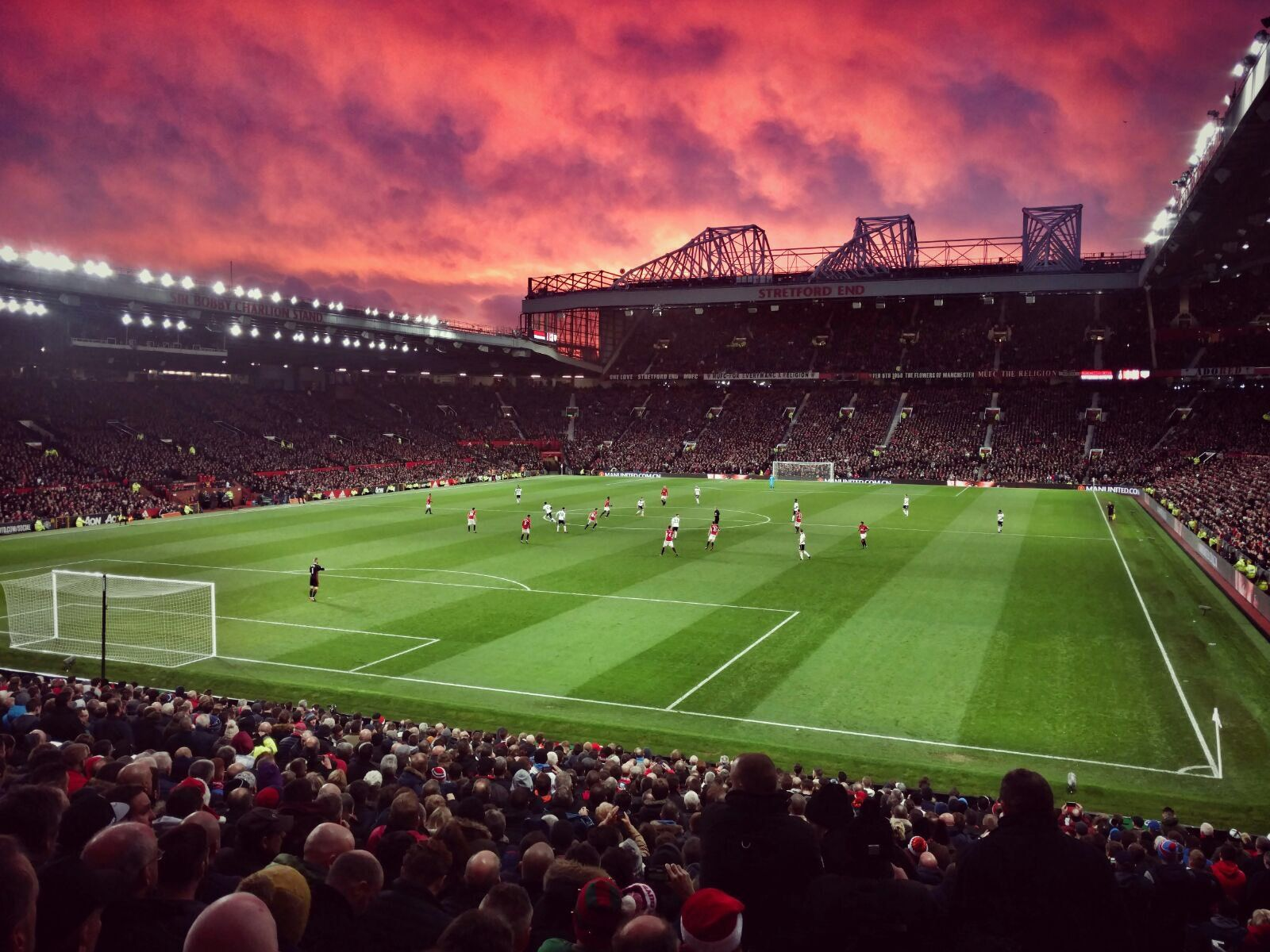 Manchester United On Twitter In 2020 Manchester United Wallpaper Manchester United Fans Manchester United