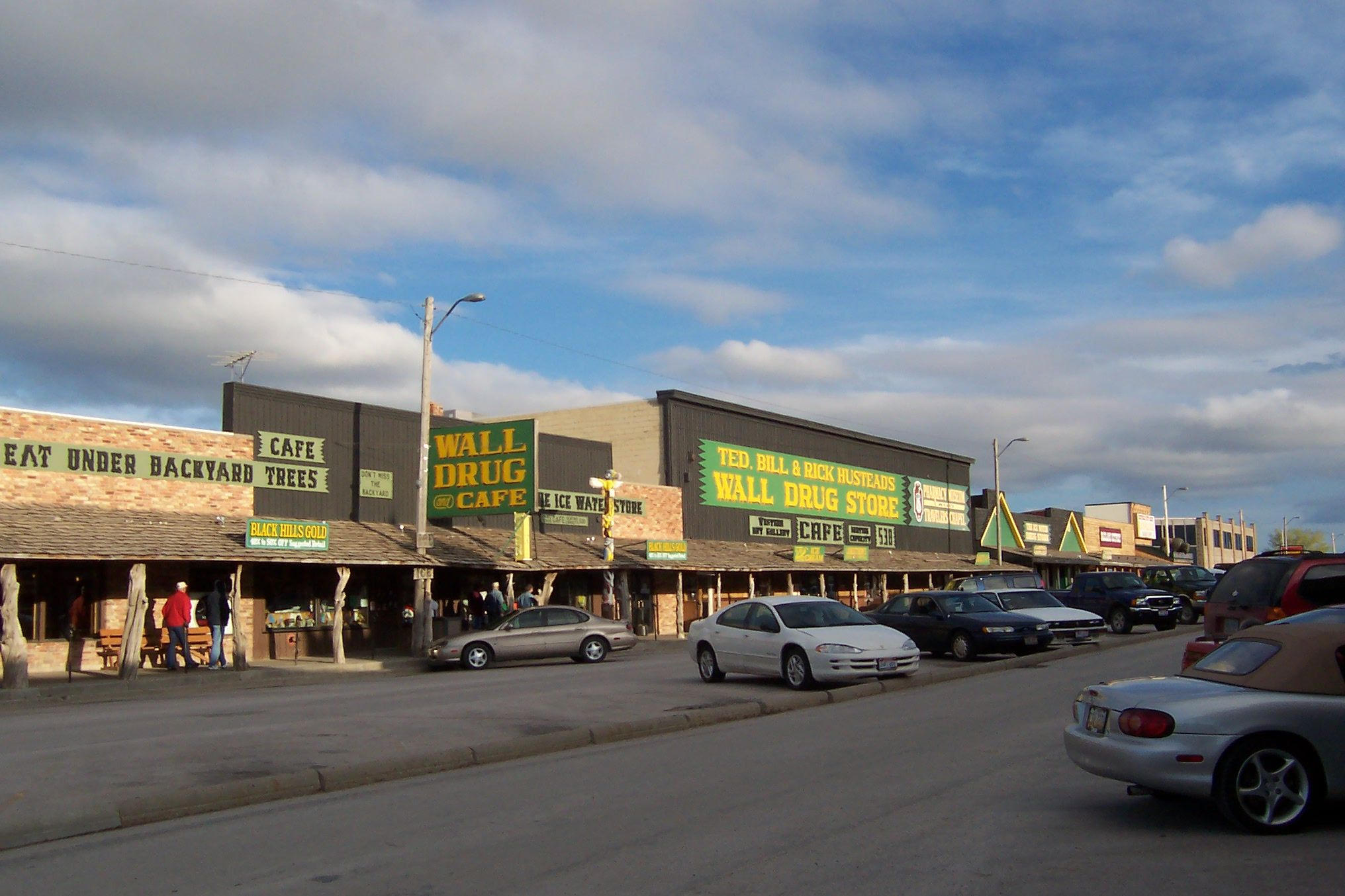the famous wall drug store on interstate 90 in wall south on wall drug south dakota id=67125