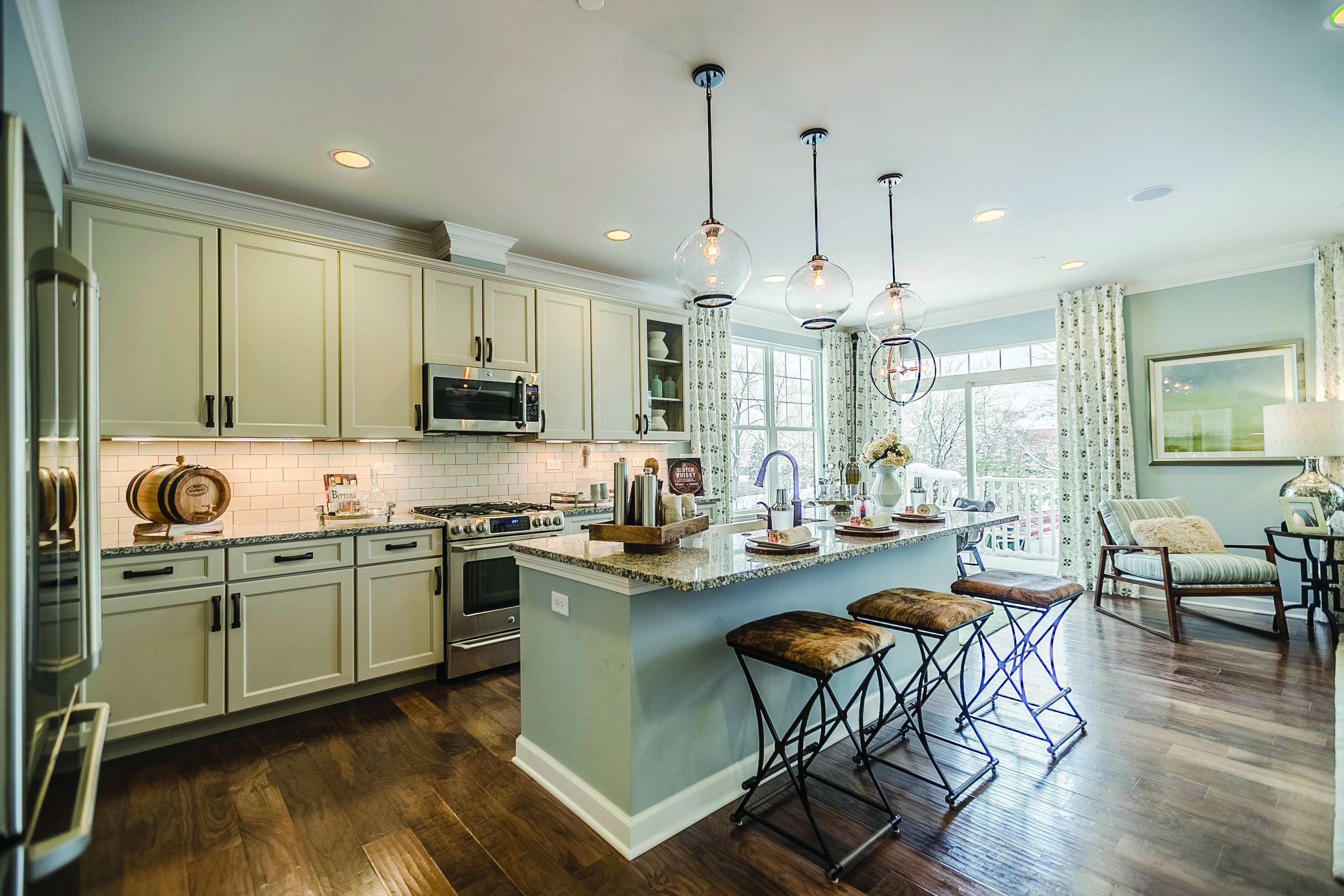What A Beautiful Bright Kitchen By Echelon Cabinetry Get Inspiration From Prosource Kitchend Kitchen Remodel Kitchen Renovation Wholesale Kitchen Cabinets