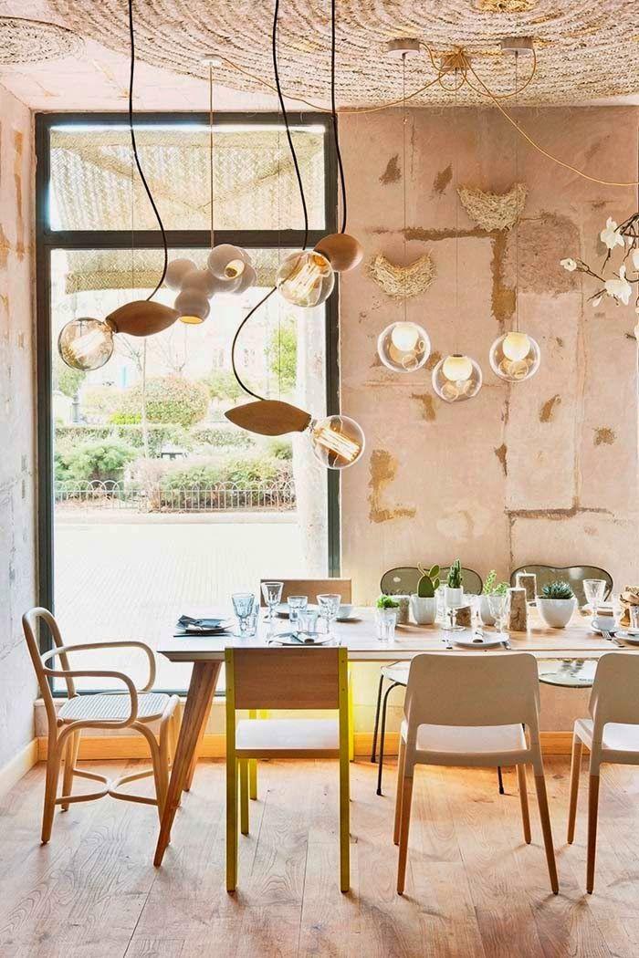 Rustiikkia, värejä ja huonekaluja