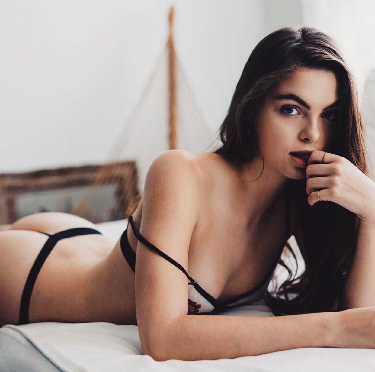 Hot Lily Moulton naked (67 pics), Bikini