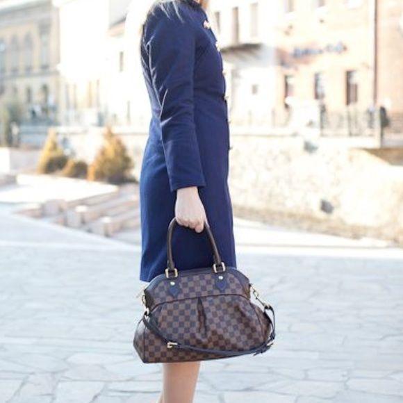 Authentic Louis Vuitton Trevi Damier PM Authentic Louis Vuitton Damier  Ebene Bag Sophisticated bag 13