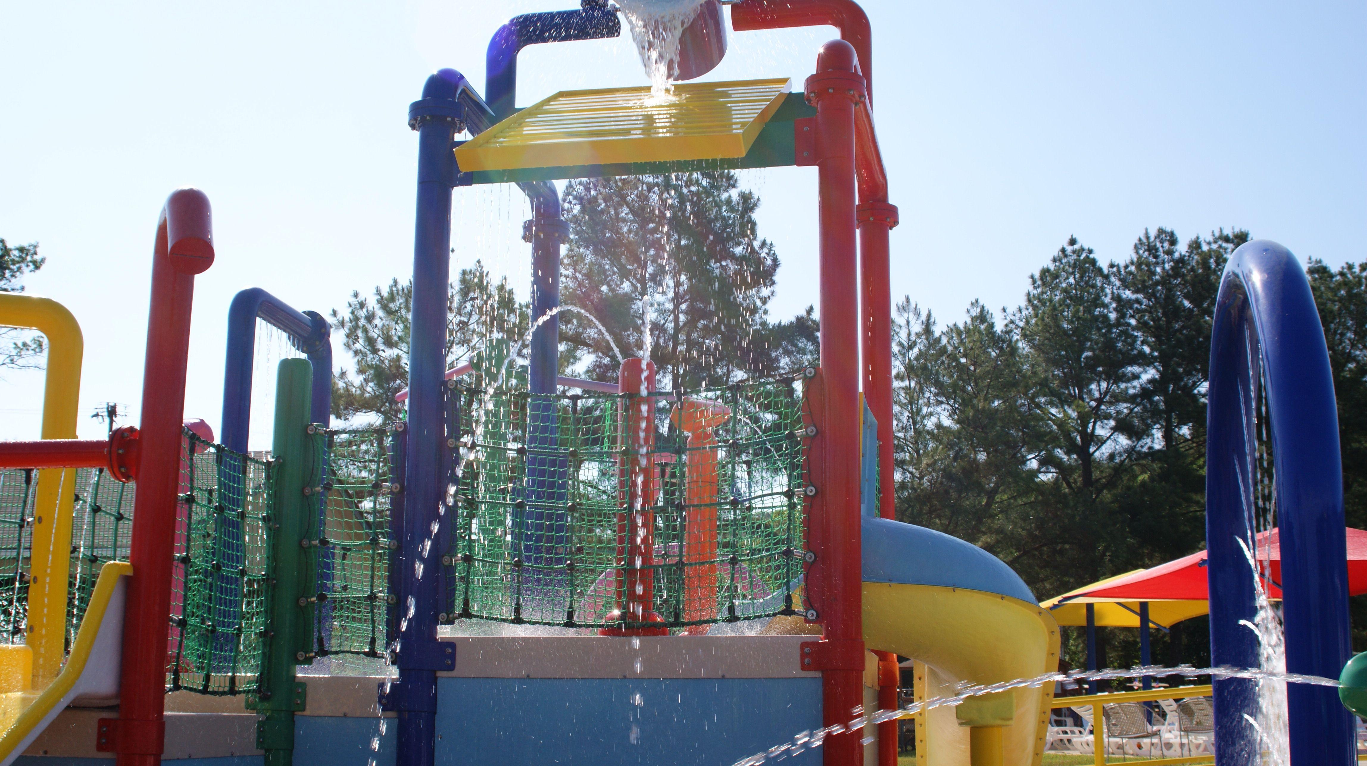 Spray Ground At Yogi S Jellystone Campground Luray Virginia Yogi Bear Jellystone Park Yogi Bear Campground Jellystone Park