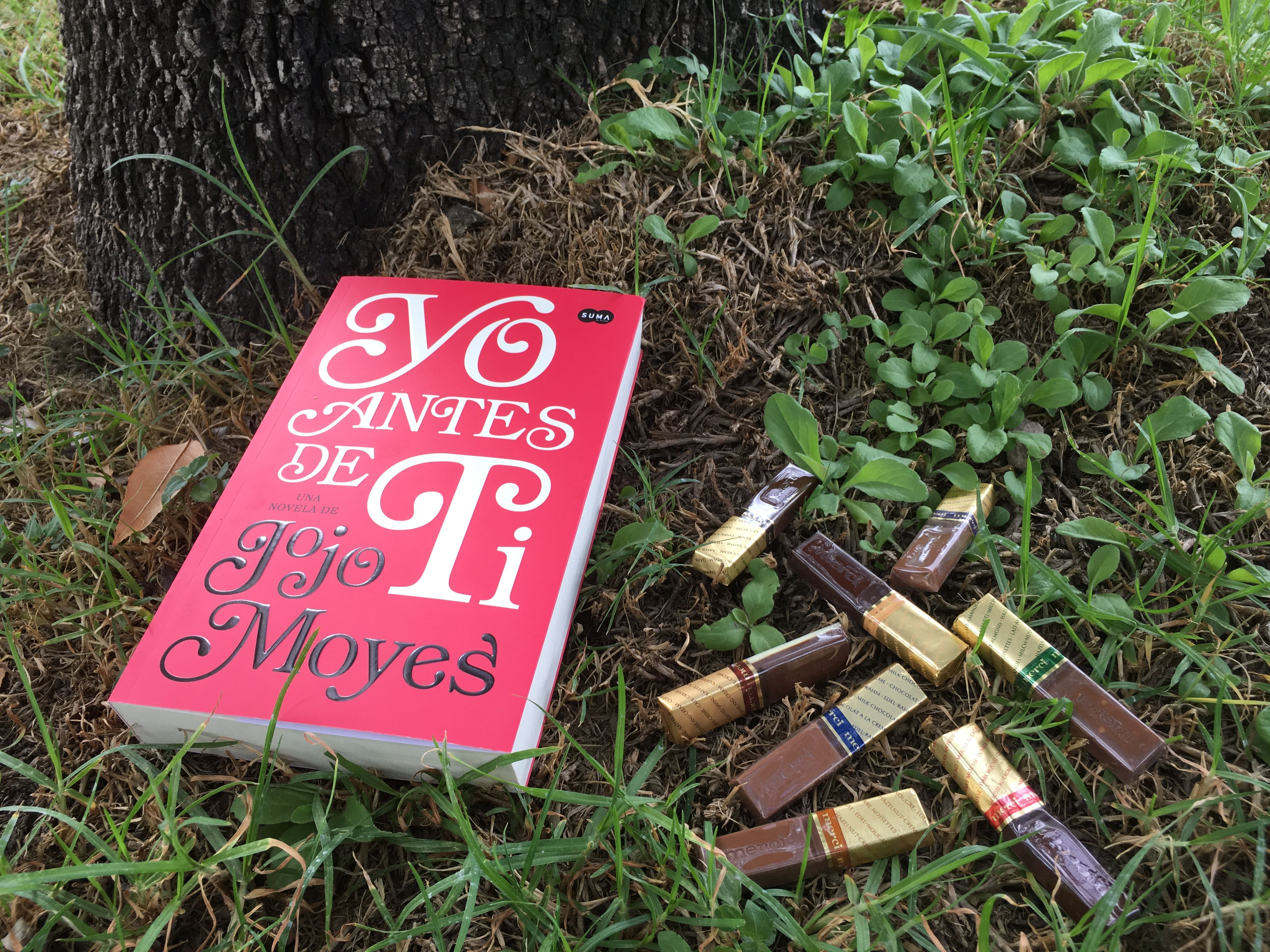 """""""Yo antes de ti"""" -Jojo Moyes Gran historia: sonrisas y lágrimas al pasar cada página. 14/11/16"""