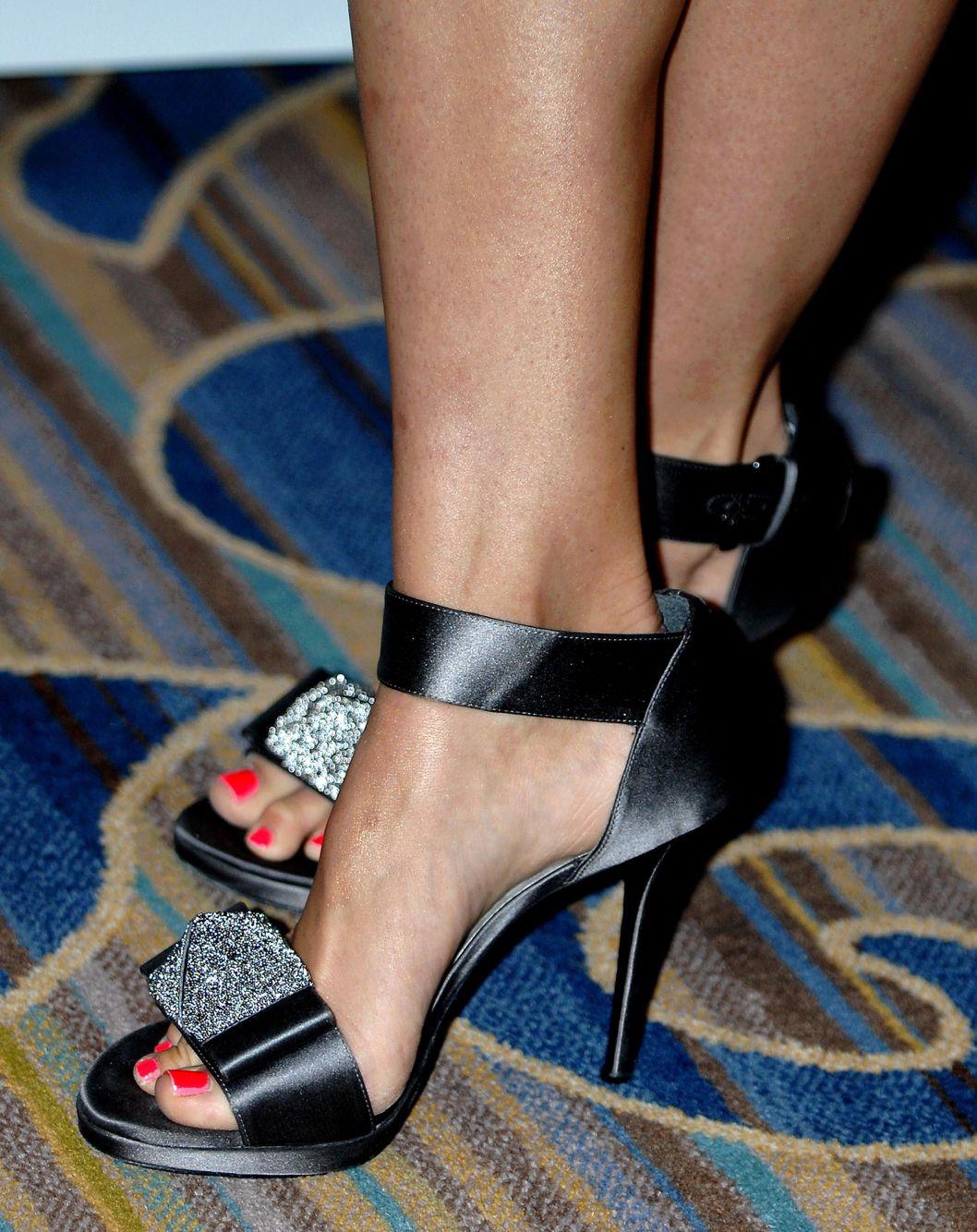 ab67b127b17 Abigail Spencer s High Heels ...XoXo