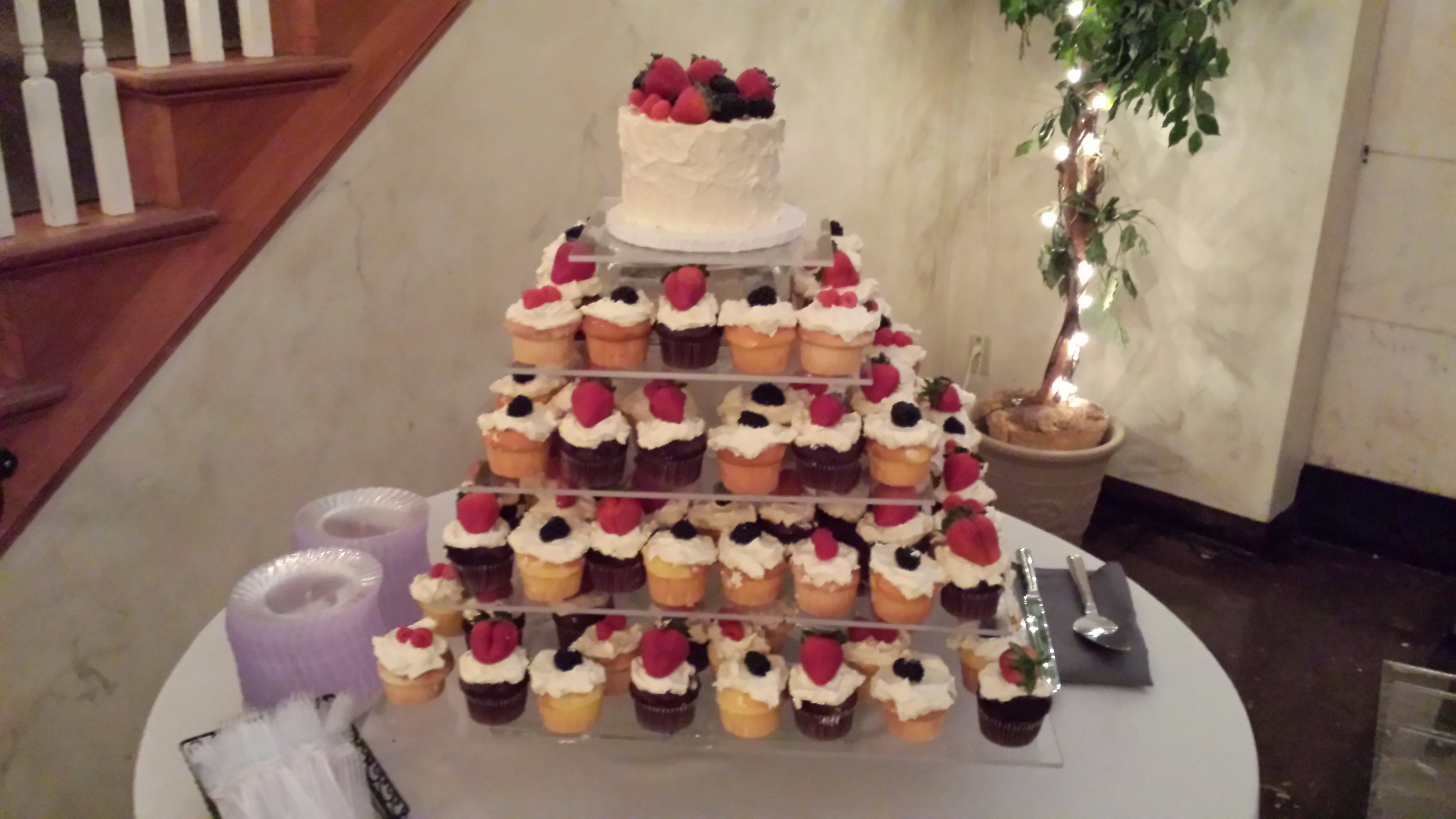 Short North Piece of Cake Columbus Ohio Fruit Wedding Cupcakes