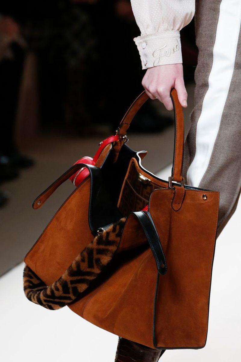 da2626926901 Fendi Otoño Invierno 2018 2019 - Milan  Bags Brands  Bags Brand  Bags  Desingers  Designer Handbags  Designer Handbag  Shoulder Bags for Women