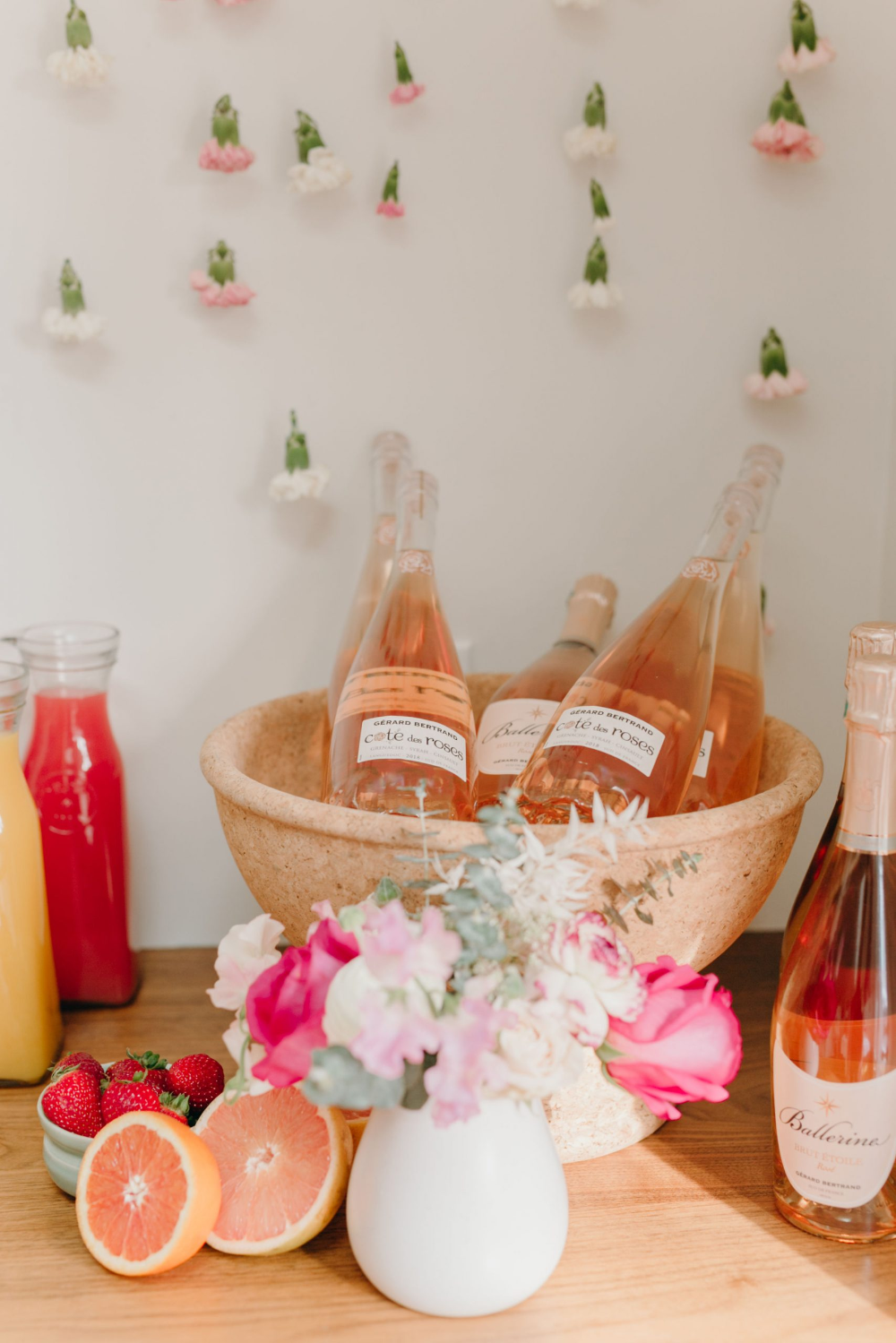 How to Host a Galentine's Day Brunch for your girlfriends
