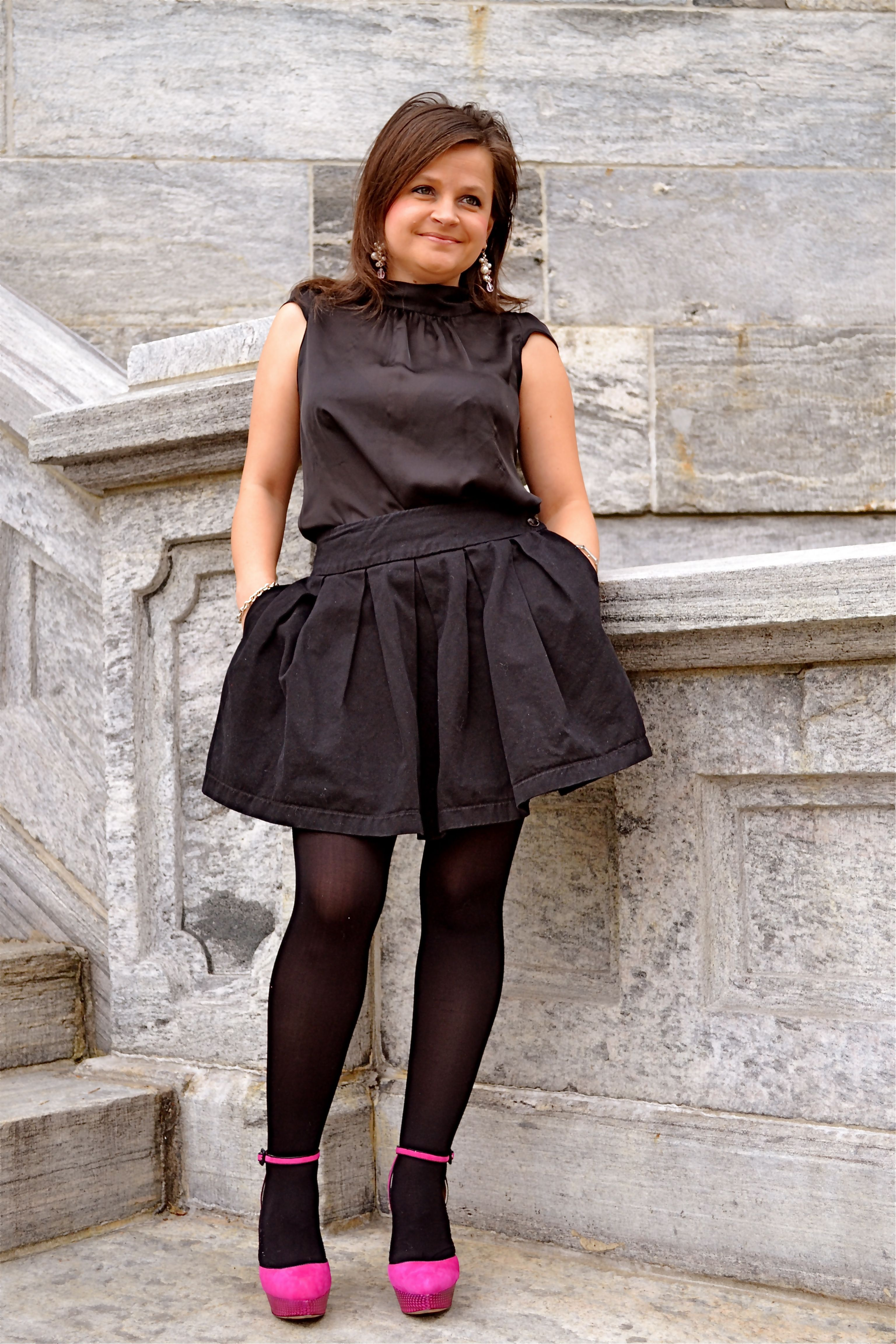 shoes Black pantyhose and