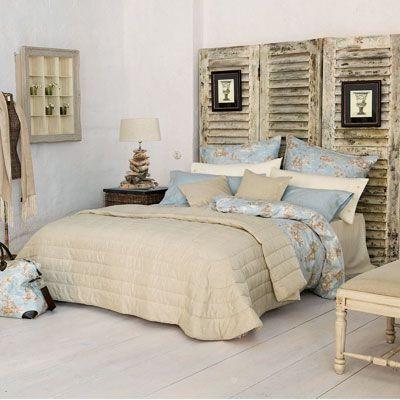 Schon Schlafzimmer Fesselnd Schlafzimmer Einrichtung In Apricot Und Blau,  Blaue Vorhänge, Wandfarbe Apricot, Bettwäsche In Creme Schlafzimmer Creme  Blau ...
