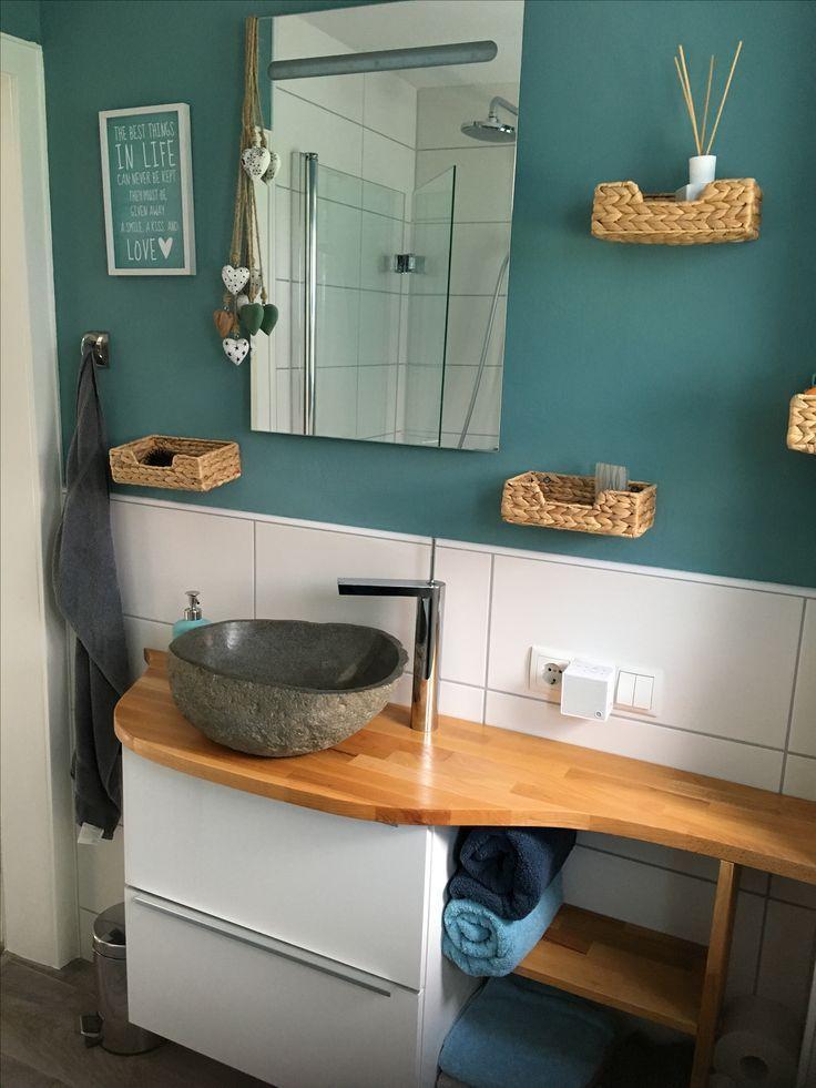 Kleines Bad Mit Diy Waschtisch Mit Natursteinwaschbecken Aus Ikea