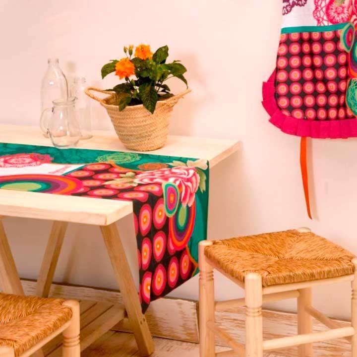 Dale un toque de #color a tu #comedor con este camino de #mesa de #desigual :) Encontrarlo en www.differentshop.es/manteles-y-caminos/130-galactic.html