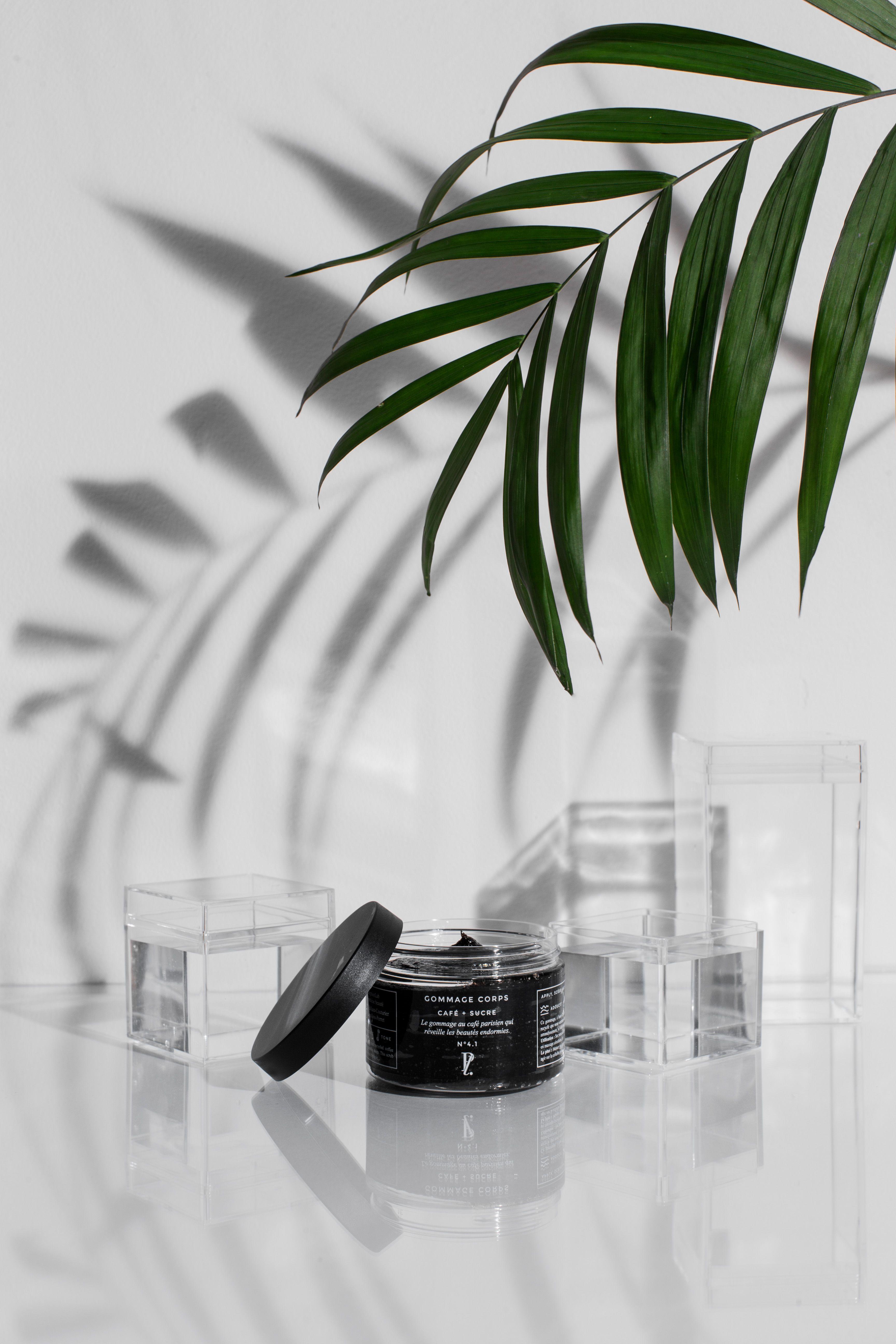 gommage + corps + café + noir + paris + cosmétique + green + naturelle + beauté + box + design ...