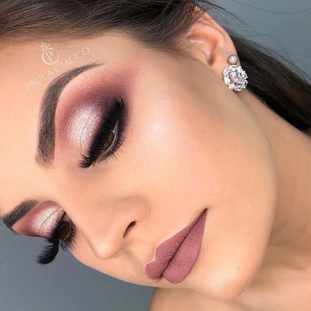 Make Up Ideas Smokey Eyes Bold Lipstick And Nail Art Beautiful