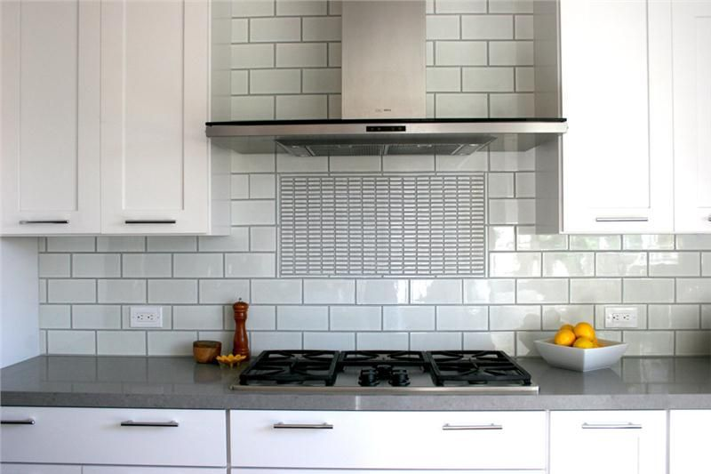 The Subway Tile Backsplash Is The New Classic The Look Is Fail