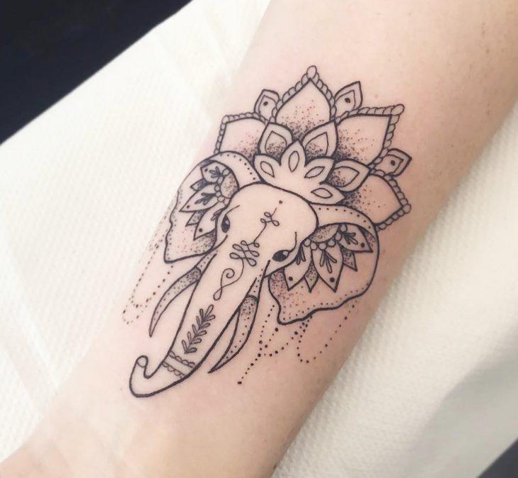 Tatuajes Delicados Y Femeninos Tatuaje De Shiva Para La Buena