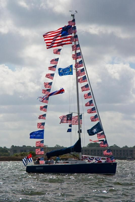 Happy 4th Of July Picture From Lake Conroe Sailing Association Boat Parade Boat Parade Parades 4th Of July