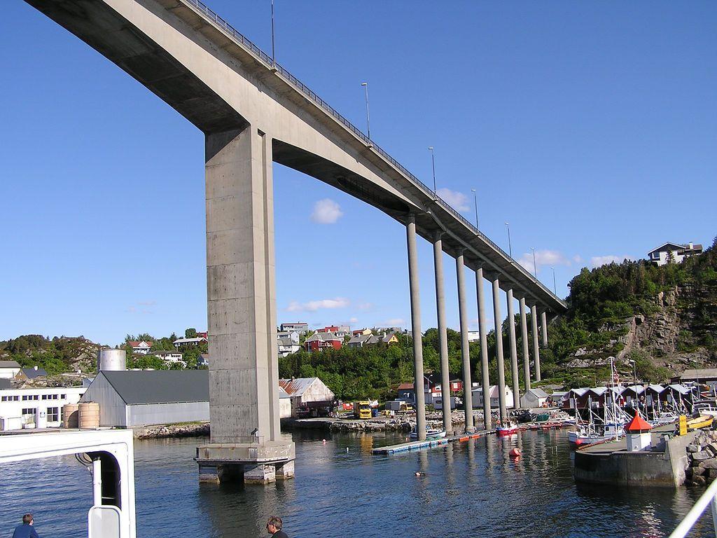 Ponte Sorsund Uma Ponte Rodoviaria Em Kristiansund Condado De More Og Romsdal Noruega Fotografia Sean Hayford O Leary Ponte Cais Condado