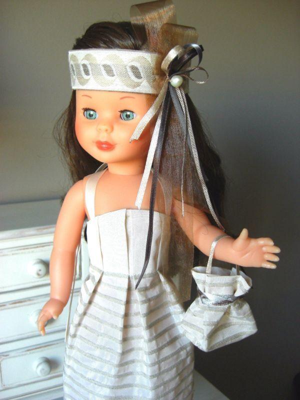 Nancy, elegante vestido + OBSEQUIO de un bolso. Creado por Petits Vestits.