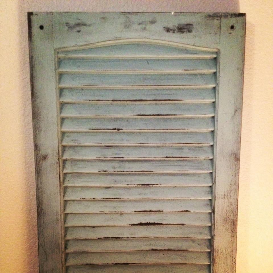 Diy distressed shutters distressed shutters diy