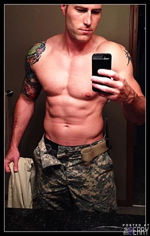 Hot military pics
