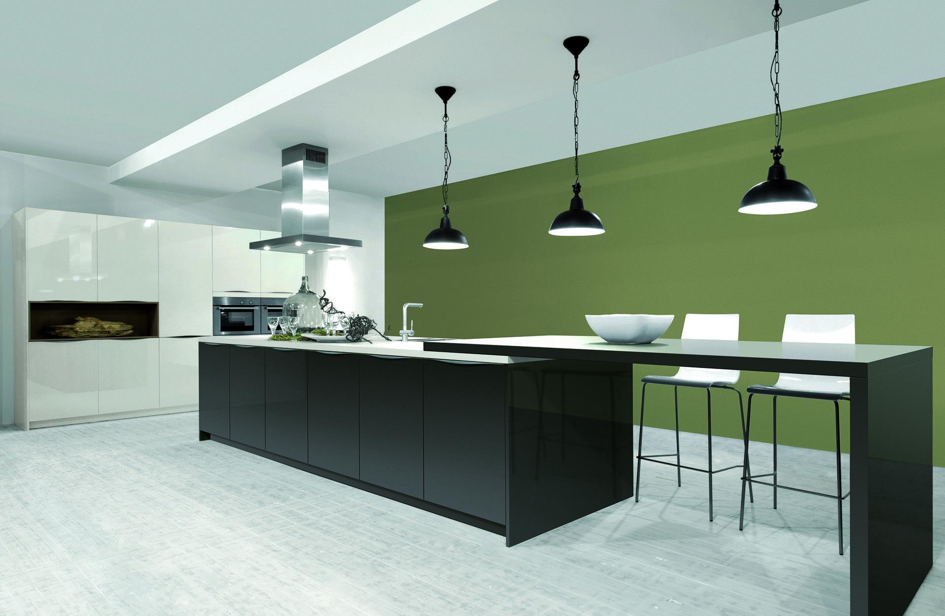 Designkeuken met hoogglans en matte kasten. Deze moderne keuken ...