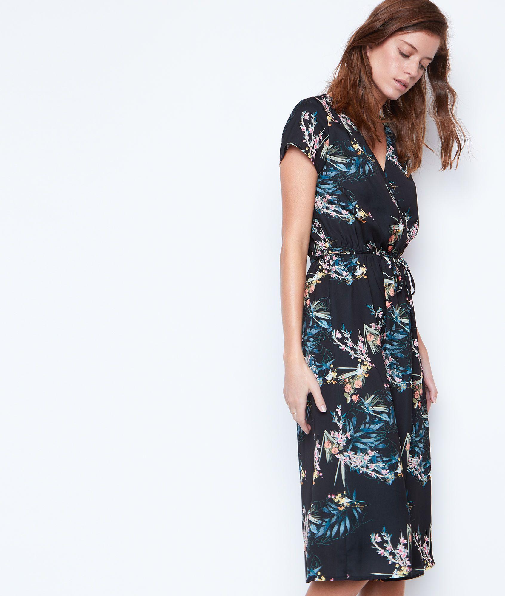 Robe Mi Longue Imprimee Zelia Noir Etam Robe Mi Longue Pret A Porter Robe Maxi