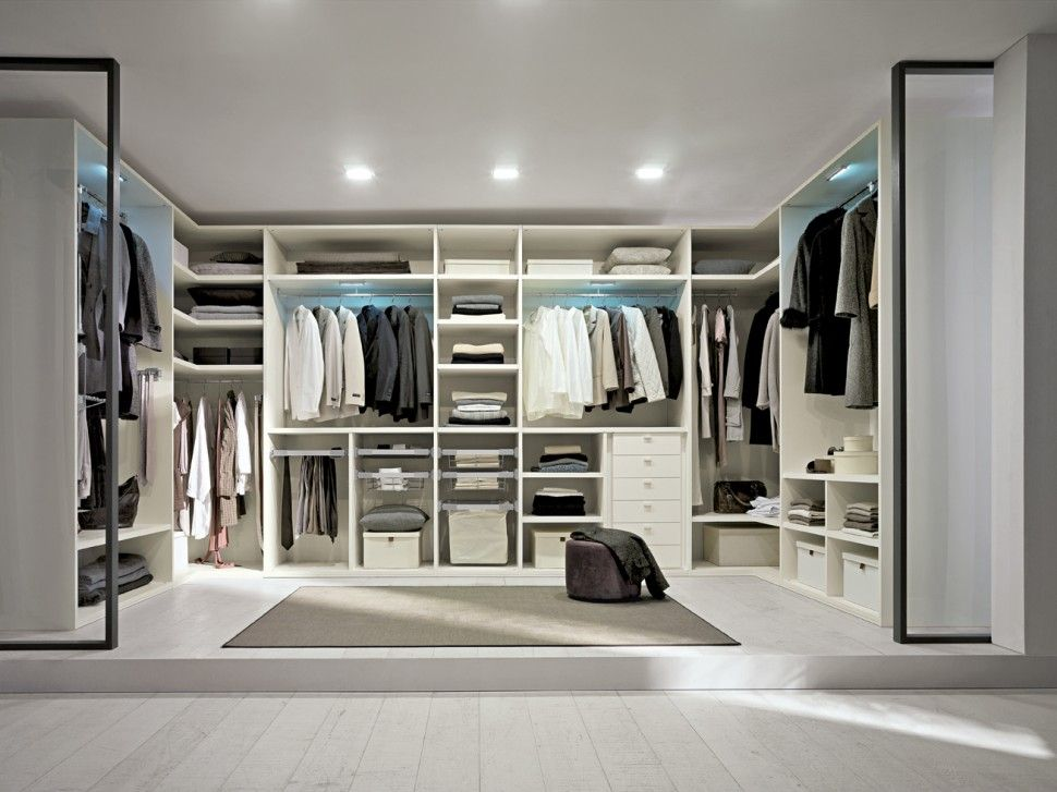 Vestidor #contemporaneo #decoracion via @planreforma #estanterias ...