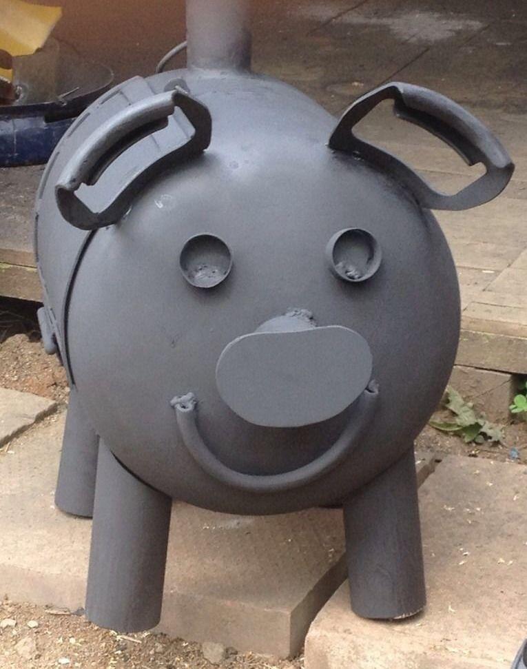 Greedy pig rocket stovegas bottle woodburner metal yard