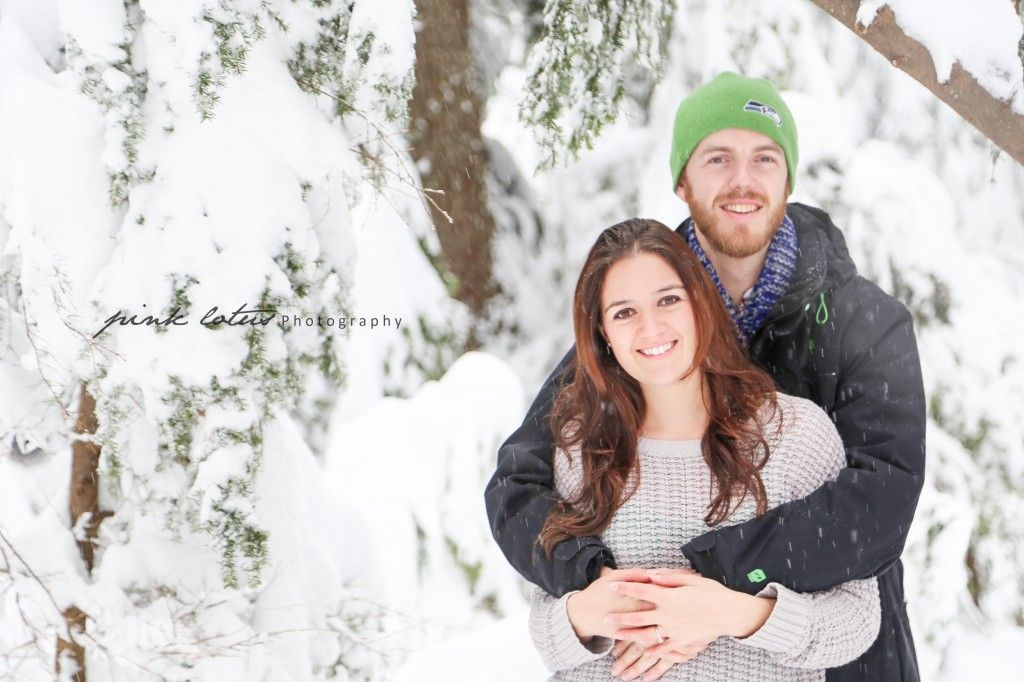 #engagement #poses #snow #winter #photographer #photography  #pinklotusphotography www.pinklotusphotos.com
