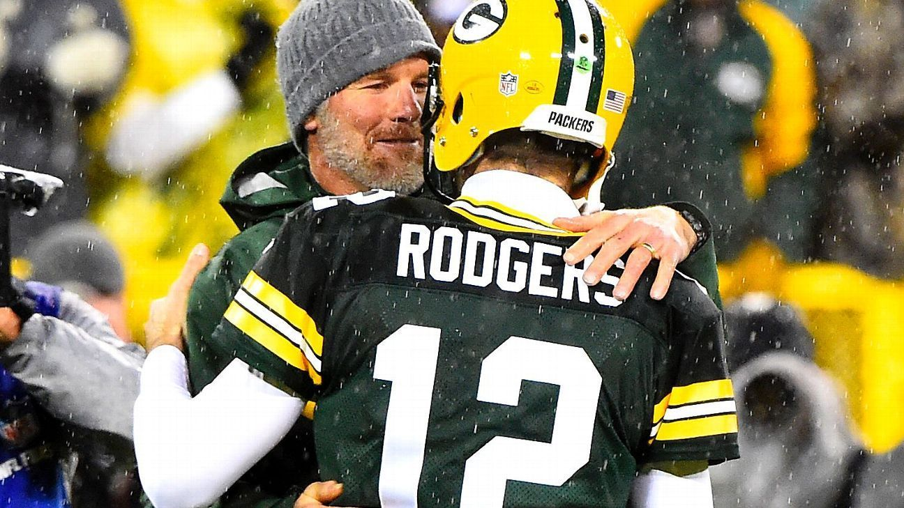 Aaron Rodgers Denies Grandpa Introduction To Brett Favre Of Green Bay Packers Hip Injuries Packers Green Bay Packers