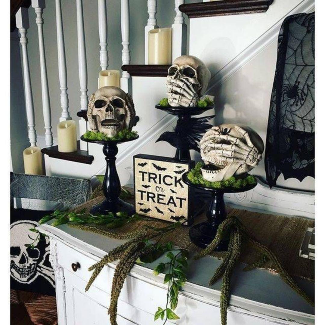 Gorgeous Indoor Halloween Decor Ideas 221 | Halloween | Halloween