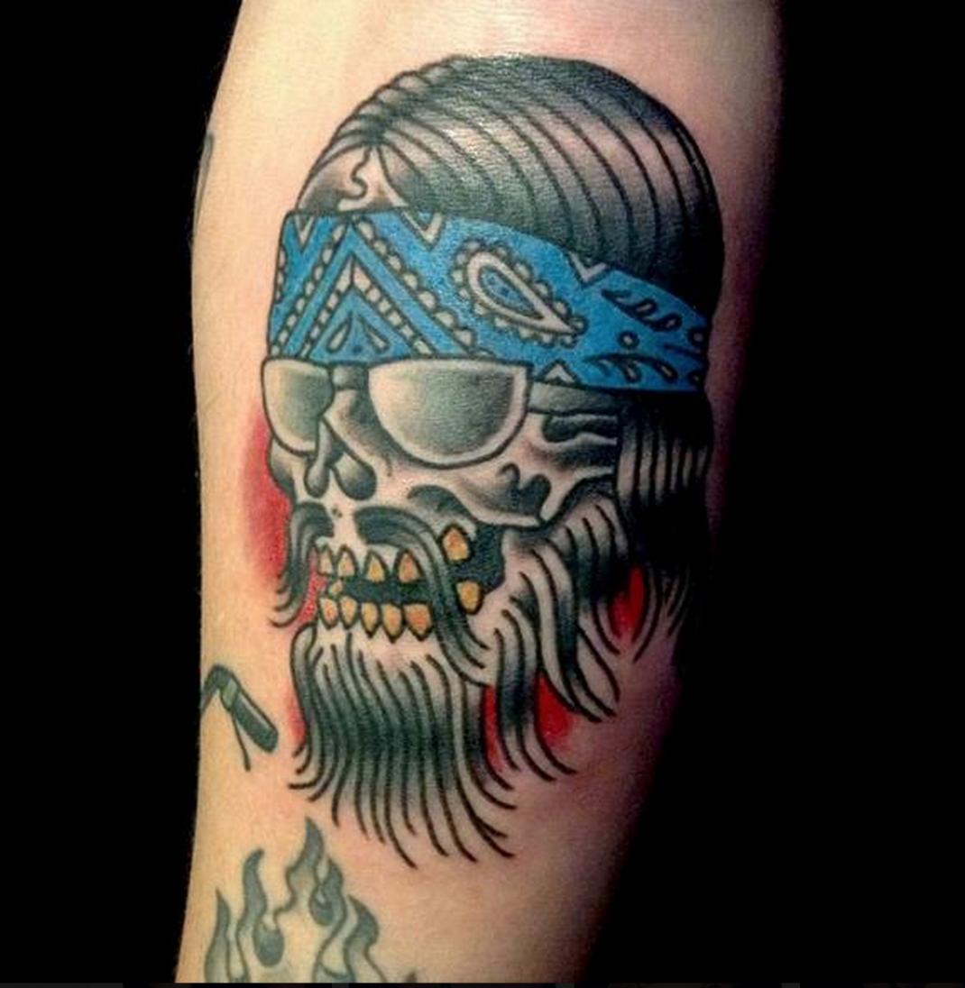 Traditional Flash Skull Tattoos: Biker Skull Traditional Tattoo