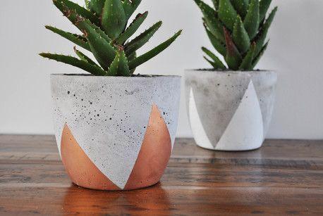 concrete planter medium by fox ramona concrete fimo pinterest macetas manualidades. Black Bedroom Furniture Sets. Home Design Ideas