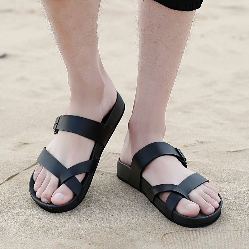 66c8e76f412df7 2017 Famous Brand Designer Casual Men Sandals Slippers Summer Fashion Men  Outdoor Casual Beach Shoes Flip