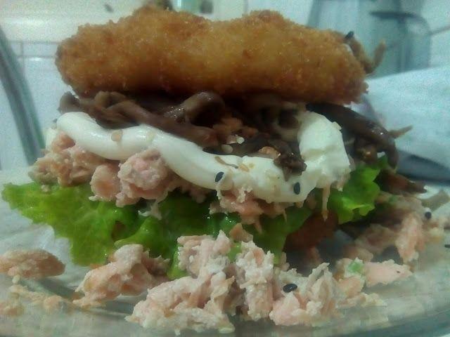 Diário Gastronômico do XinGourmet: Mais um ótimo Sushiburguer... pena que vem sheio d...