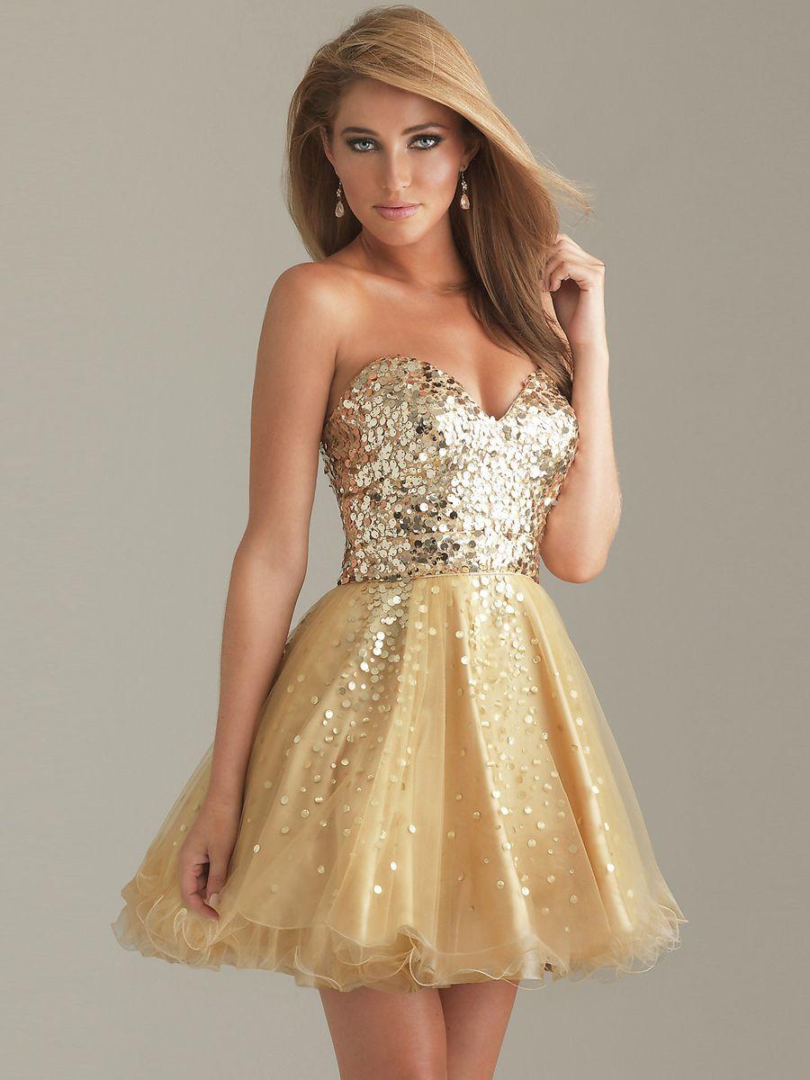Vestido dorado con brillos, corto | Vestidos dorados ...