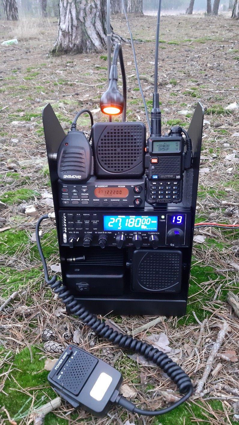 Radio Gotowe Na Dzialke Crt Superstar 6900n Baofeng Uv5r Oraz Skaner Albrecht Ae355m Https Www Facebook Ham Radio Ham Radio Antenna Ham Radio Equipment