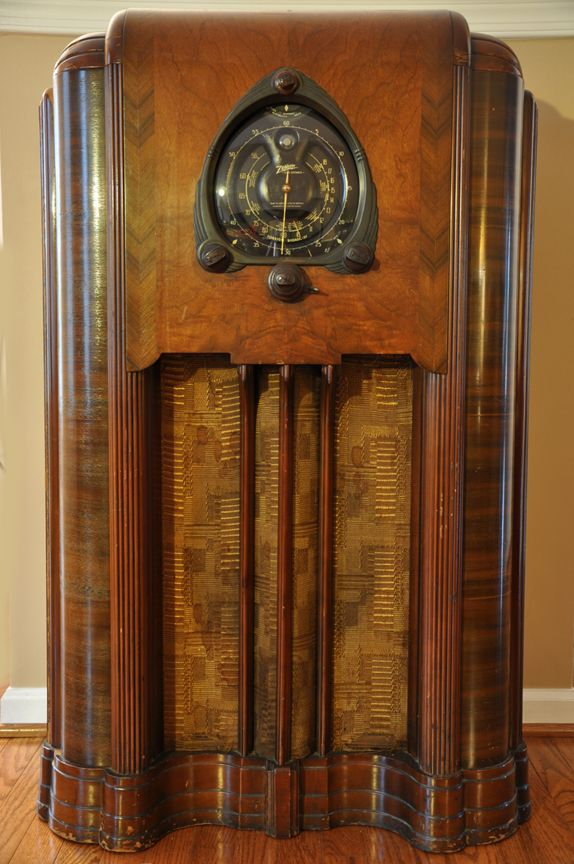 Zenith Console Radio Old Radios And In 2019 Antique