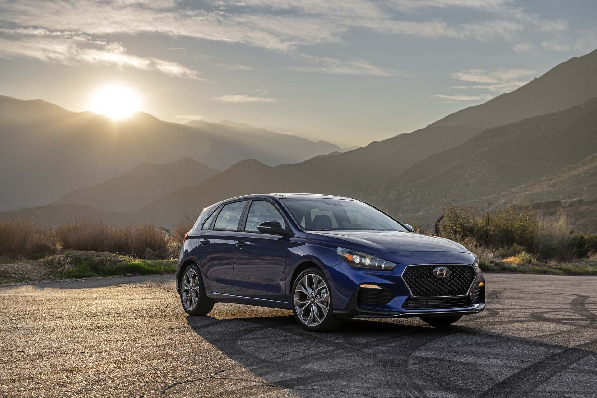 2020 Ford C Max Review And Release Date In 2020 Vw Jetta Tdi Hyundai Elantra Elantra