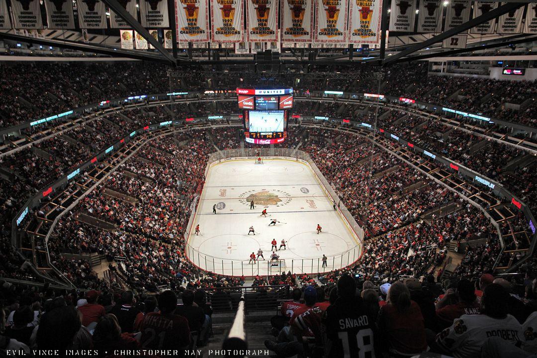 Blackhawks. Madhouse on Madison. United center chicago