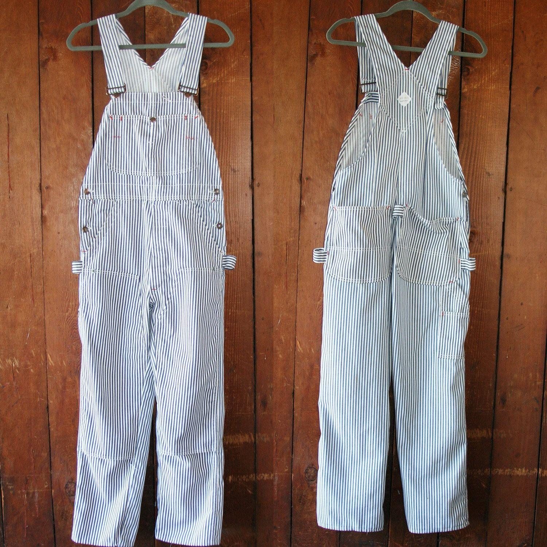 Osh Kosh Railroad Stripe Overalls / Large / Xl / Distressed // Paint splatter/ Blue and white stripes // 70's / 80's / Vintage eIzyDPr