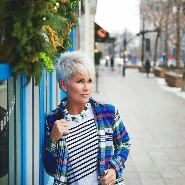 blonde haare finde das richtige blond 10 flotte kurzhaarfrisuren in verschiedenen. Black Bedroom Furniture Sets. Home Design Ideas
