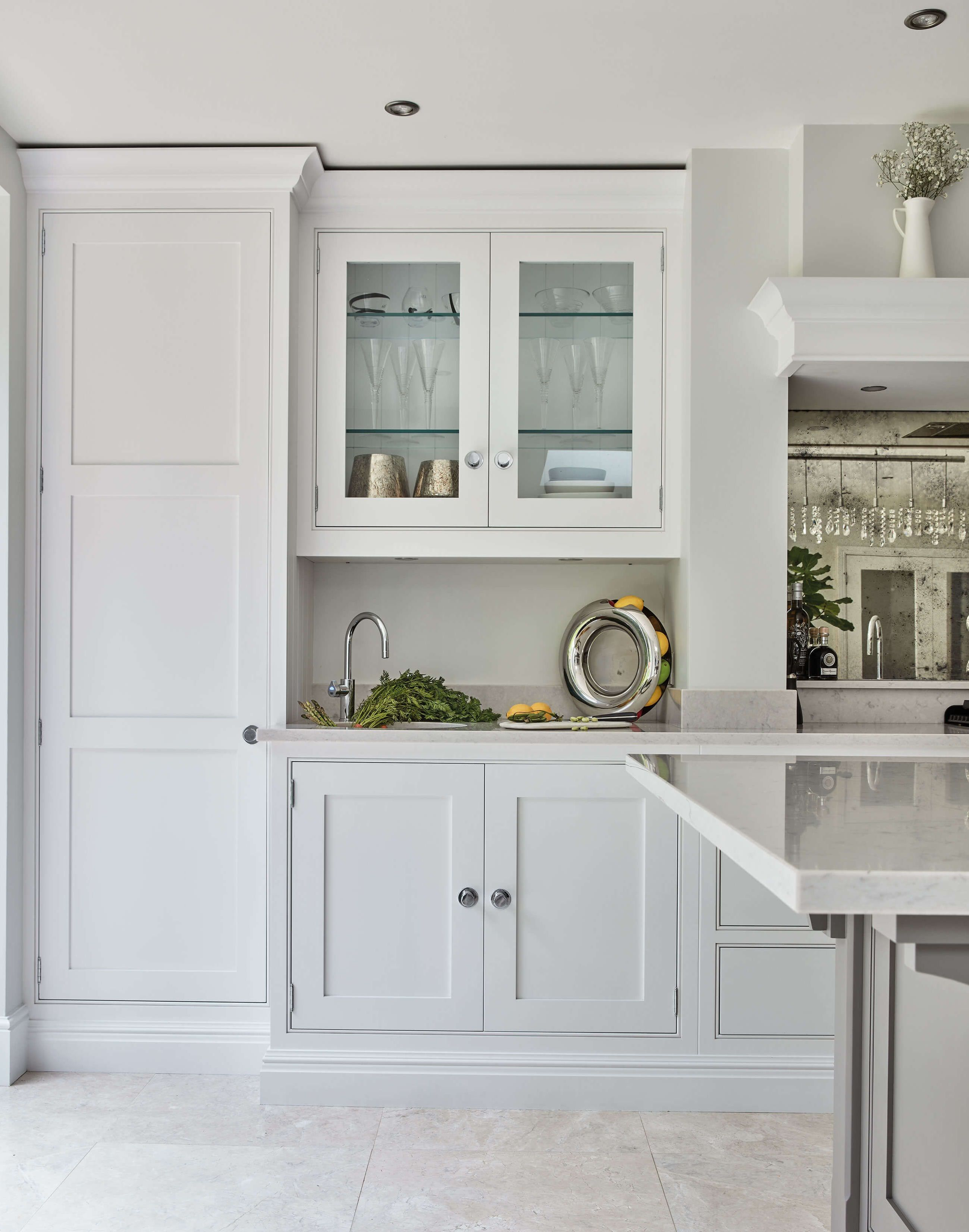brilliant 15 best minimalist kitchen storage ideas https fancyhouse co 15 best minimalist on kitchen organization elegant id=72437